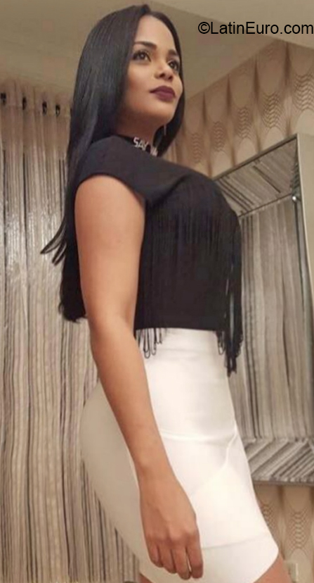 Chat with , female, 35, Dominican Republic girl from